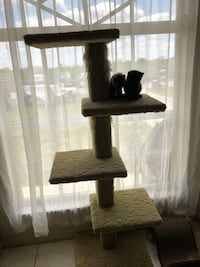 Cat tower Fort Myers, 33912