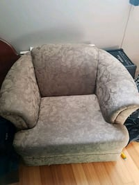 gray and white floral fabric sofa chair Laval, H7W 4J9