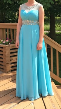 Blue prom/formal dress