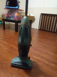 black and gray upright vacuum cleaner Anderson, 96007