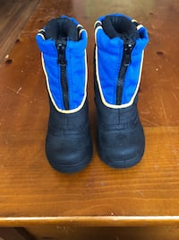 Size Toddler 7 sturdy, warm winter boots Burke, 22015