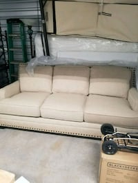 white fabric 3-seat sofa Leesburg, 20176