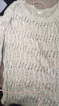 Knitted Sweater  Bolton, L7E 3X5