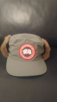 Authentic Canada Goose Classique Hat with Shearing - BRAND NEW