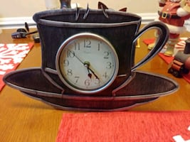 Wall decor.  Coffee cup clock