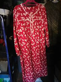 New Cozy Red\White Flannel Nightgown Nice XmasGift Camarillo, 93012