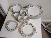 white-and-green floral ceramic dinnerware set Adelphi, 20783