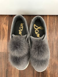 Pair of black-and-white fur slide sandals Toronto, M6K 0A5