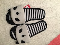 pair of white-and-black Nike slide sandals 日耳曼敦, 20874