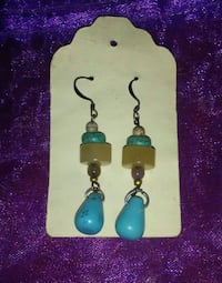 Turquoise and agate earrings Chilliwack, V2P 4J4