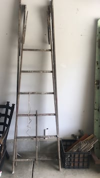 Vintage ladder piece - can be used for growing- as a rack or bookshelf- decorative Gahanna, 43230