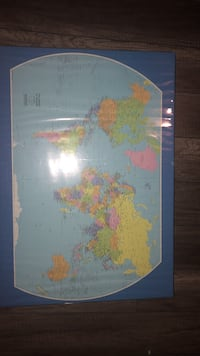 Plastified world map  Laval, H7X