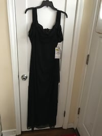 Black Dress Essex, 21221