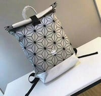 white and black leather tote bag Miami Gardens