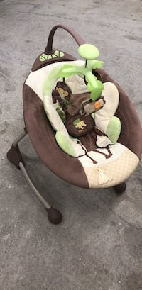 Baby cradle sways and play soothing music