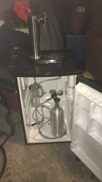 single Kegerator with hookup for. a two facuet use Woburn, 01801