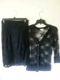 2/8.00Black Lace Top & Skirt s/m Muskego, 53150