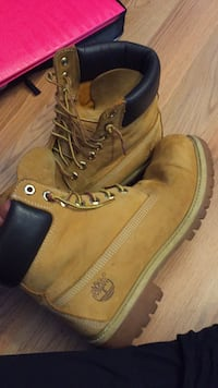 pair of brown Timberland work boots Park Rapids, 56470