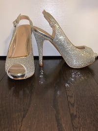 Sparkly heels - size 6.5 US