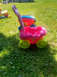 toddler's pink wagon Hampstead, 21074