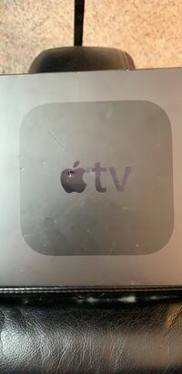 Apple TV 32 GB (4th Generation + Siri Remote & HDMI cable model A1625 (willing to negotiate a fair price) Fairfax, 22033