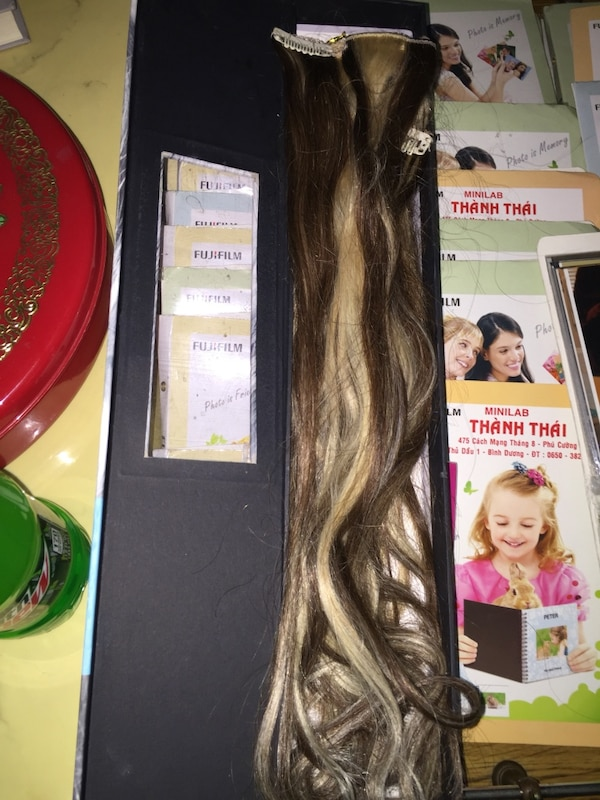 Used Clip Go By Shiloh Hair Extensions In Jenks Letgo