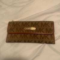 Authentic Micheal Kors Wallet  Abbotsford