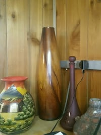 two brown and green ceramic vases 44 km