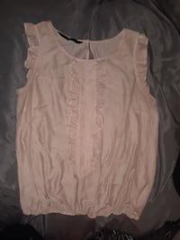 pink / peach topwomens size small /p Issaquah, 98027