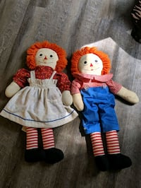 Raggedyann and Andy dolls