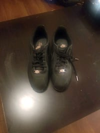 Nike womans shoes