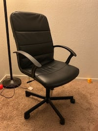black leather padded rolling chair Stockton, 95212