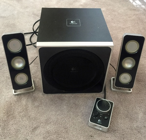 9aa002f3759 Used Logitech Z4 Speakers..... Lowered the price. for sale in Mississauga -  letgo
