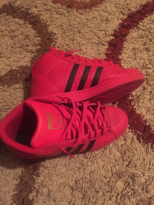 fcad9eca3 Used pair of pink Adidas Yeezy Boost 350 for sale in Prairieville ...