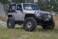 37 inch tires with wheels for Jeep Wrangler Miami Gardens, 33056
