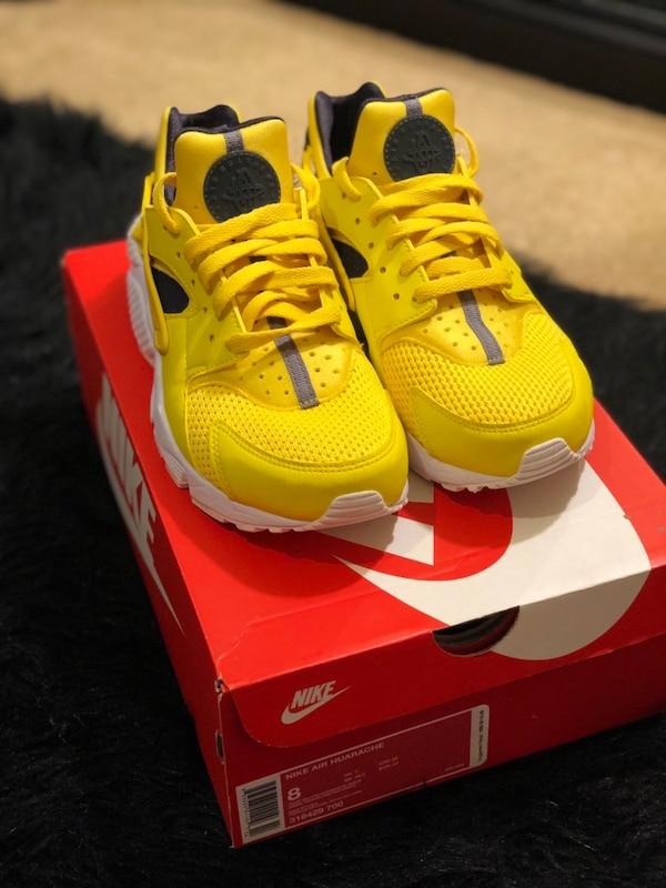 d4b38d55bd03 Used Nike Huaraches for sale in Stone Mountain - letgo