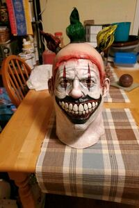 "Brand new American Horror Story ""Twisty The Clown"" mask Fort Erie, L2A 2V9"