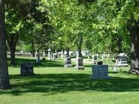 Cemetery Plot With All The extras for sale St Petersburg, 33702