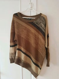 Pull from Le Château size S-M Longueuil, J4T 1L3