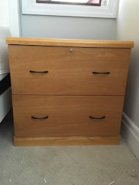 Solid wood filing cabinet Whitby, L1N 1B4