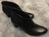 """Ecco Leather Shoes Brand New Size """"9"""" Toronto, M2P"""