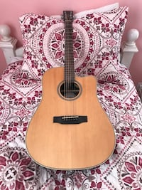 Crossroads Acoustic Guitar - Lightly Used Pico Rivera, 90660