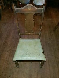 Antique wooden chair  Conyers