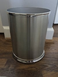 "Silver round bathroom trash can 8x10""- New! Arlington, 22202"
