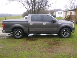 2004 4.6 Ford F-150 XLT SuperCab 145-in Styleside