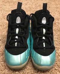 Kids/Toddler Nike Foamposites Size 9c Green Grove City, 43123