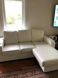 Leather sofa  Barrie, L4M 0V1