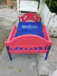 toddler's blue and red bed frame Brownsville, 78521