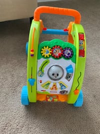 Kids electronic walker perfect condition Brick, 08723