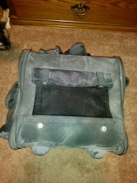 Small dog/cat carrier Streamwood